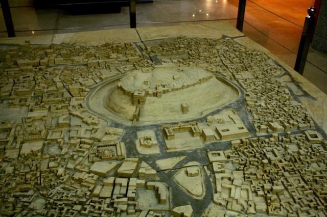 макет Алеппо в древности