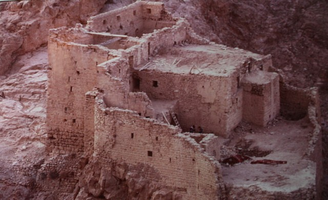 так выглядел монастырь до реставрации