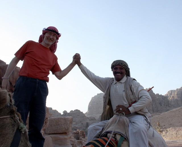 мир, дружба, но на верблюде мы всё равно ехать отказались :((((