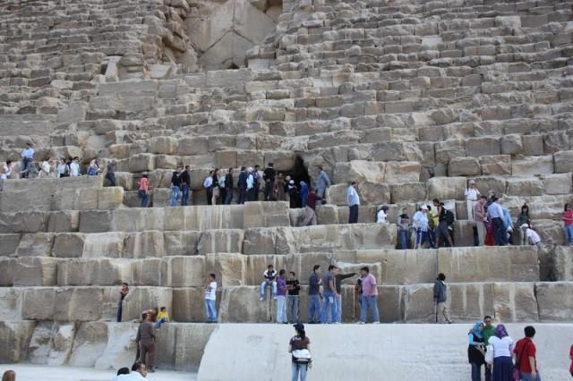 очередь в пирамиду Хеопса