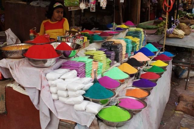 Когда я рассматривала чужие фото по Индии,меня всегда потрясал этот набор красок и я думала *И я такое же увижу?*