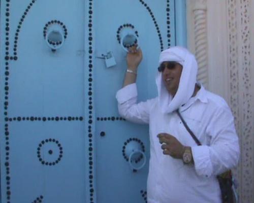 Араб - про историю тунисской двери