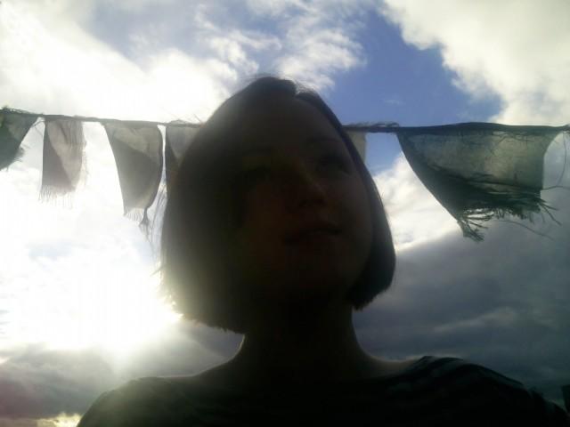 дщерь моя на фоне аниколаевского буддистского неба