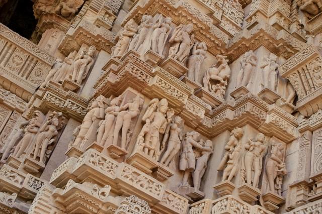 И поближе: эротические скульптуры Храмов Каджурахо