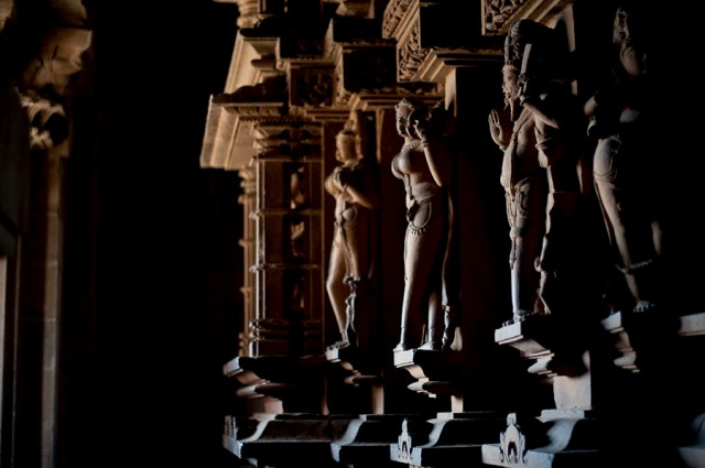 Храмы Каджурахо- внутри
