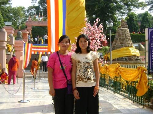 Юные тайские леди