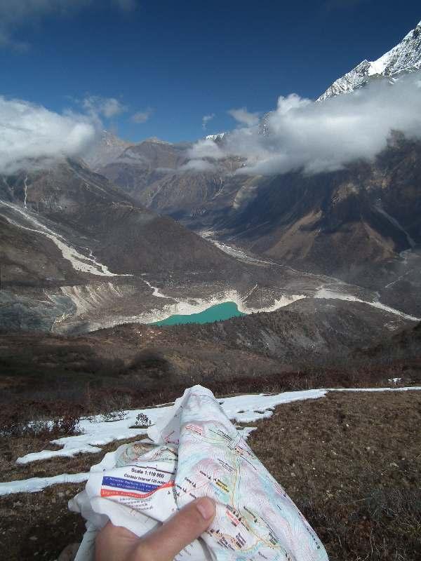 озеро имени любимого непальского короля и несогласованная с администратором реклама треккинговых карт