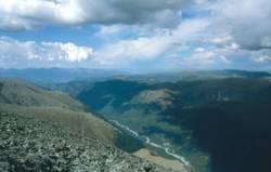 Вид на р Ак-кем с перевала Кара-Тюрек