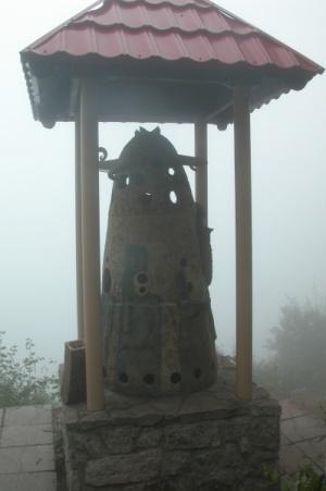 Алтайский божок на горе у Белокурихой