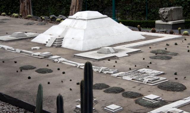 Макет Пирамиды Солнца