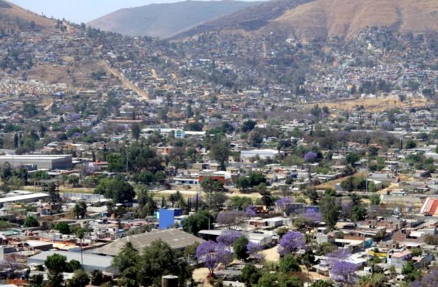 Оахака взбирается по склонам Сьерра-Мадре