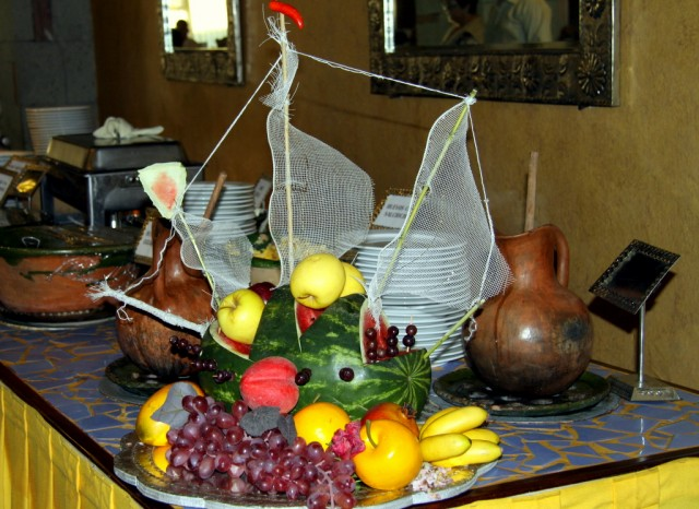 Креативно-фруктовая каравелла