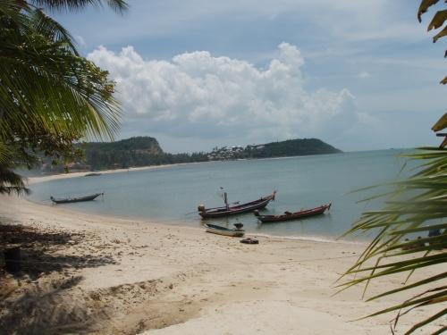 """пляж отеля """"Шамбала"""" (не далеко от Биг Будды)"""