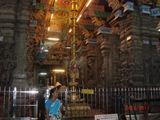 Мадураи, храм внутри 5