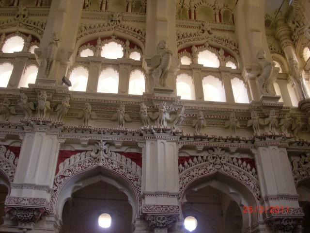 Дворец наяка внутри 11