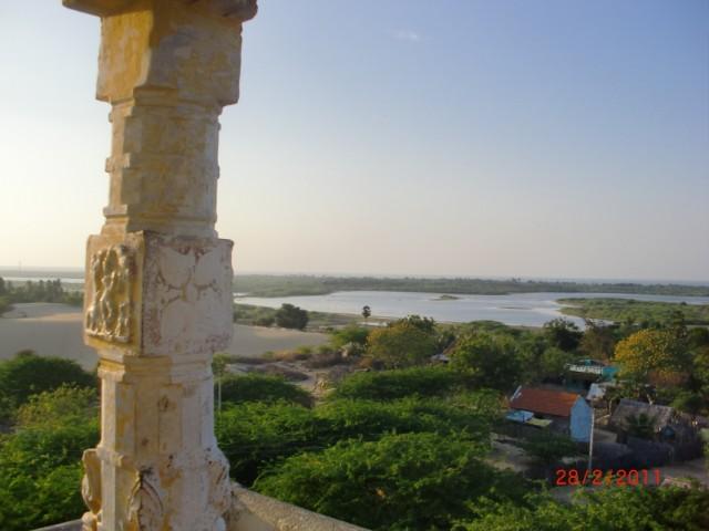 Вид из храма отпечатка ноги Рамы