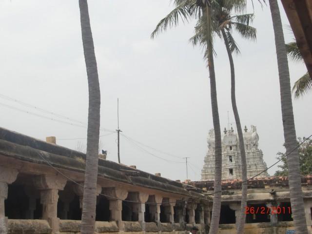 храм, внутрений двор 2