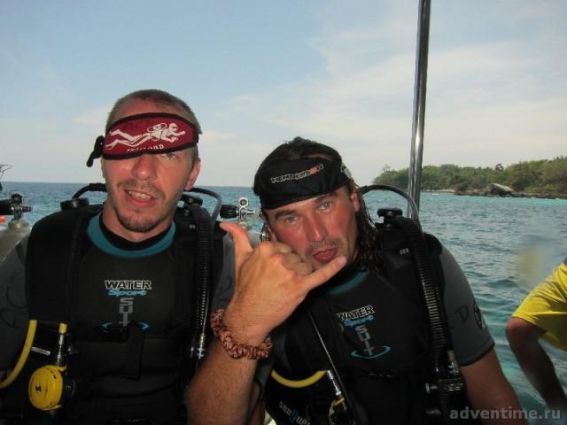 Daddy (ака Денис Алимов), John (ака Евгений Науменко) - universal divers NDL