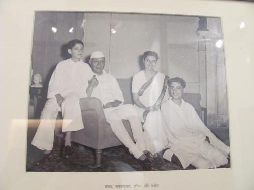 Фотографии из семейного архива Ганди