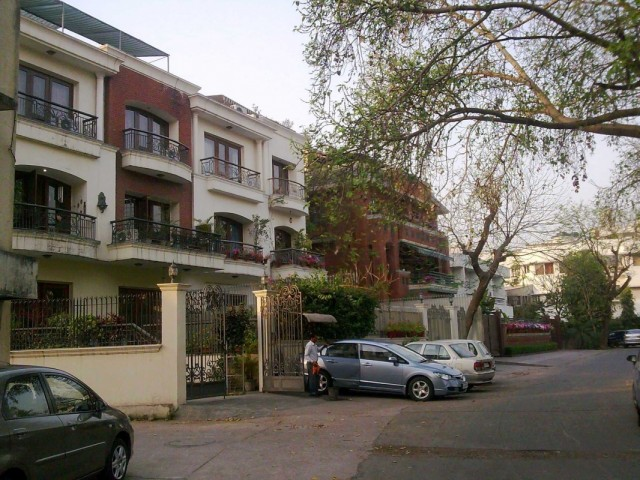 Nizamuddin East 1
