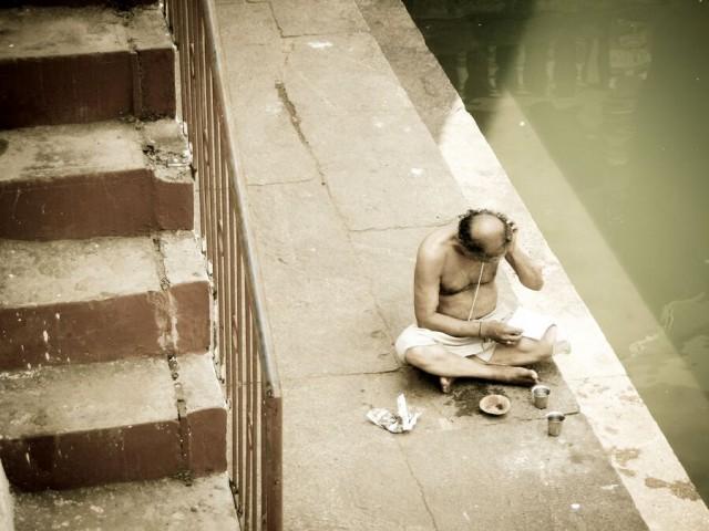 живут добрые религиозные люди