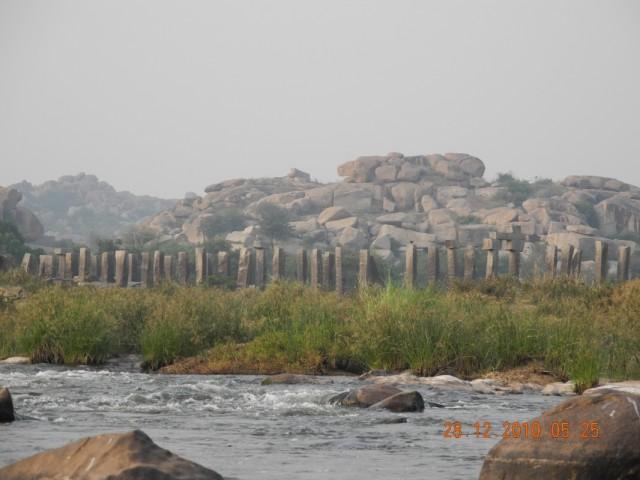 путишестивие по реке в Хампи в храм обезьян
