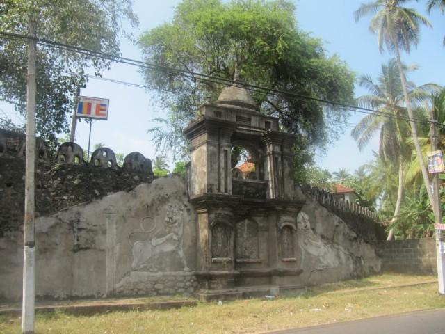 древний храм возле дома моего друга