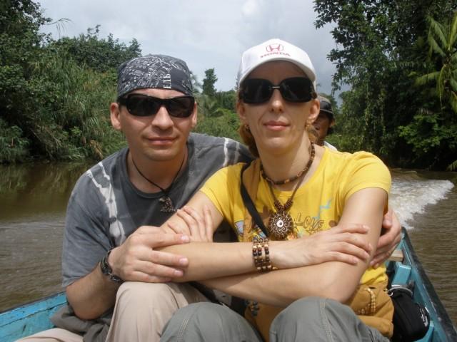 плывем по реке в джунгли Сиберута