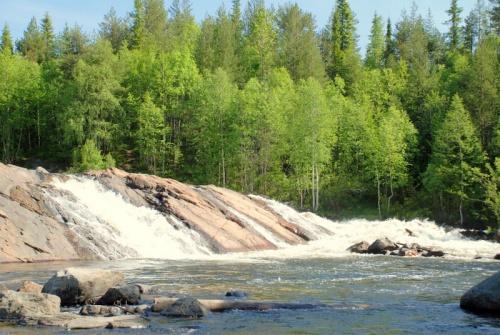Водопад.Рай для каякеров.