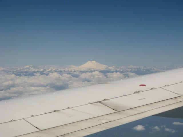 Эльбрус - главная гора Кавказа. Спящий вулкан.