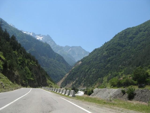 Алагирское ущелье. Трасса Р297 - Часть Транскавказской автомагистрали