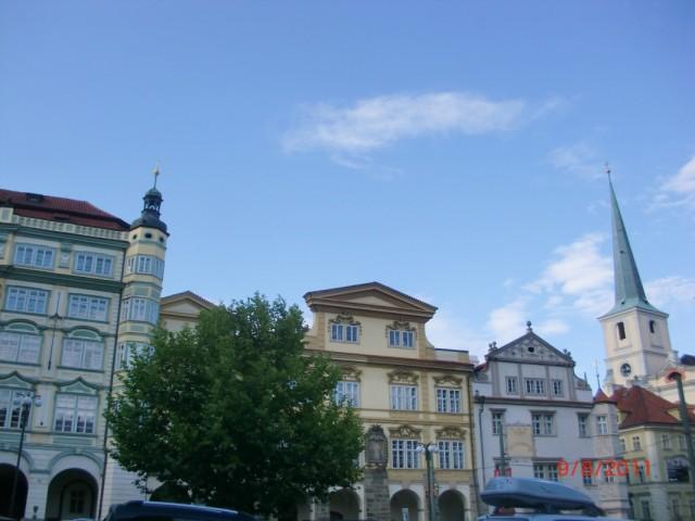 На площади перед Св. Миколашей 2