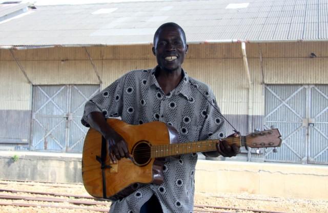 Малайка- местный певец