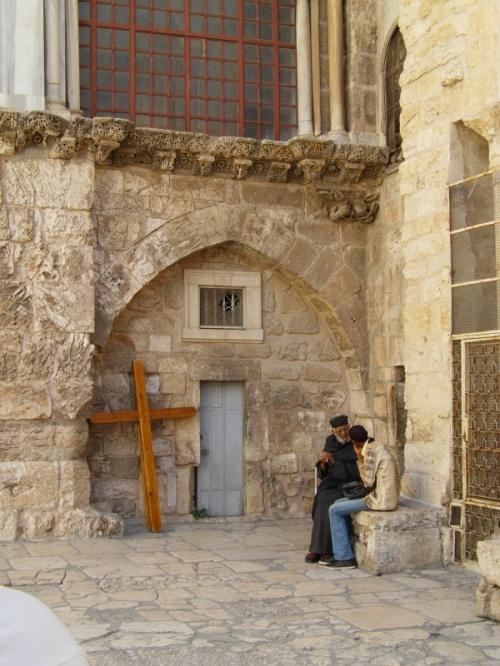 на площади у Храма Гроба Господня