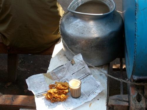 пакора и чай в Бомбее
