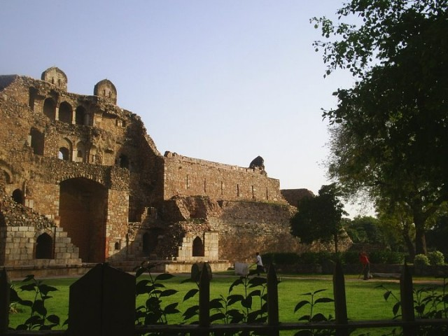 Руины в Дели