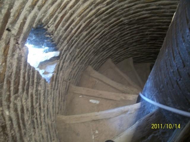 лестница внутри минарета