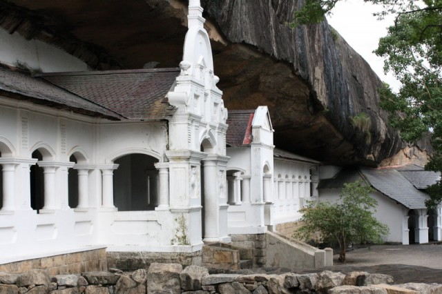 Храм Будды в Дамбуле