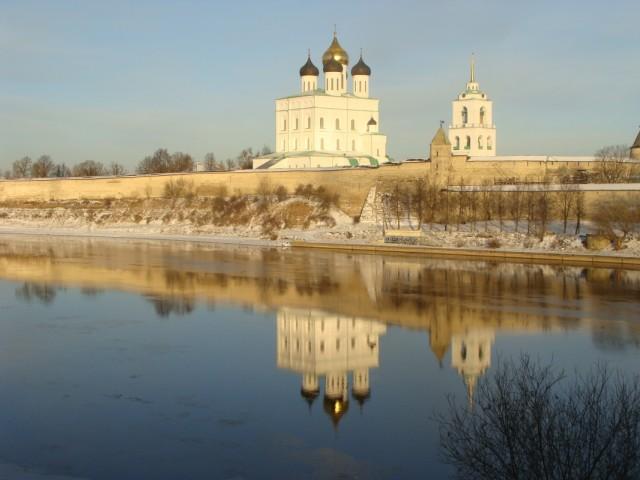 Вид на Псковский Кремль.