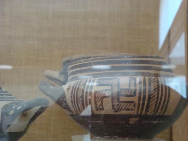 Вышеупомянутая критская ваза
