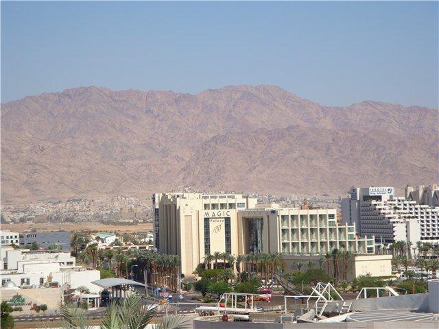 горы-это уже Иордания