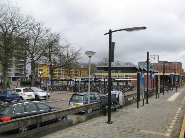 И вот - город Emmen, откуда предстояло добираться автобусом