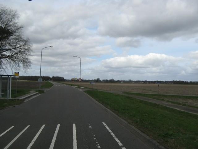 Остановка Boterakkersweg... Как оказалось позже, не просто так она попалась на глаза... Впрочем об этом дальше будет...