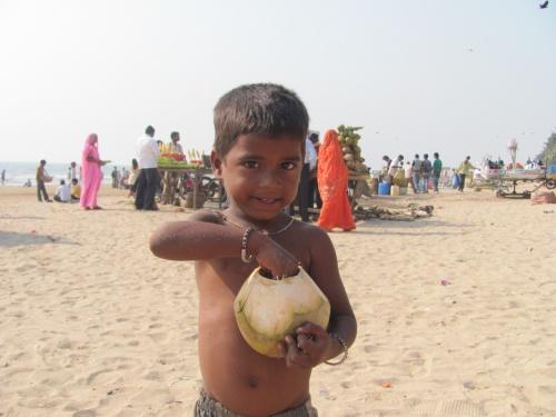 На пляже, Мумбаи(это не малыш - это чудо)