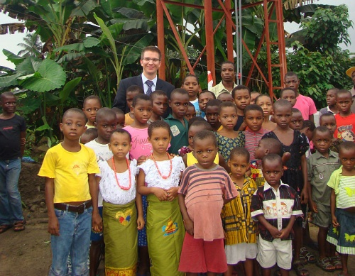 Бонифаций на каникулах в Африке