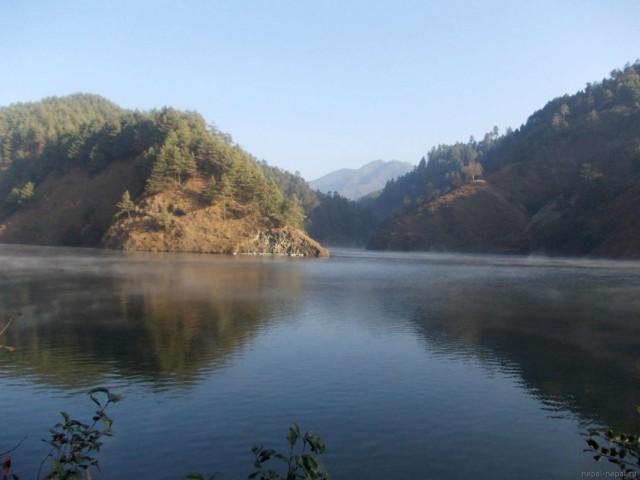 водохранилище недалеко от Маркху