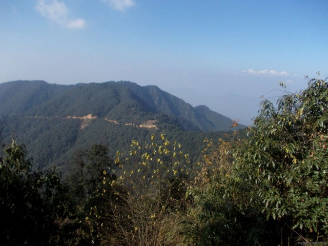 Перевал Читланг. Направо  спуск в КТМ