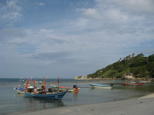 Лодки на восточном хаадринском пляже