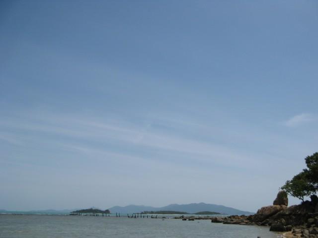 Вид оттуда в сторону Ко Сом и Ко Пангана
