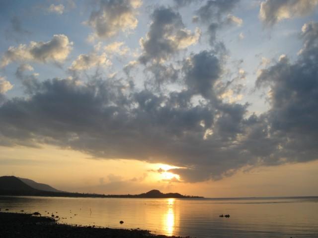 Закат над бухтой Бо Пхут